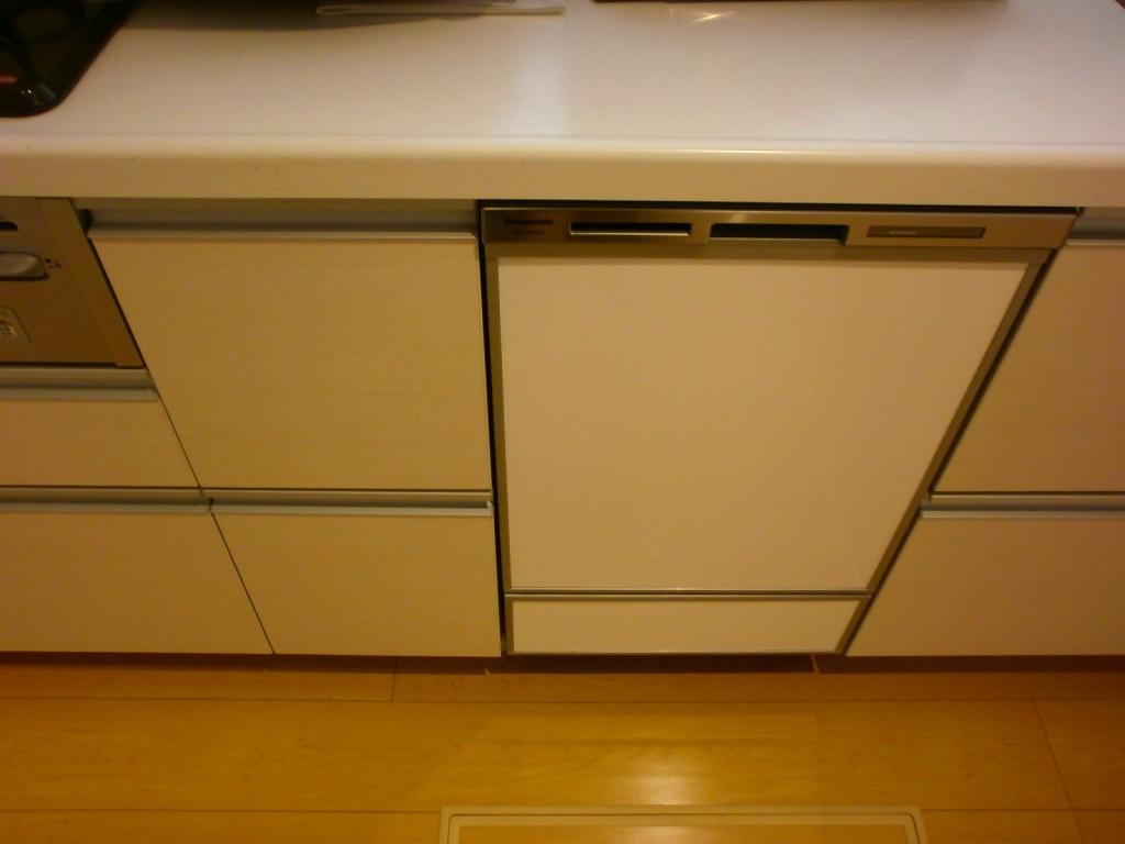 Panasonoic製食器洗い乾燥機 NP-45MD6S