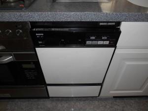 サンヨー製食器洗い乾燥機 DW-S45M