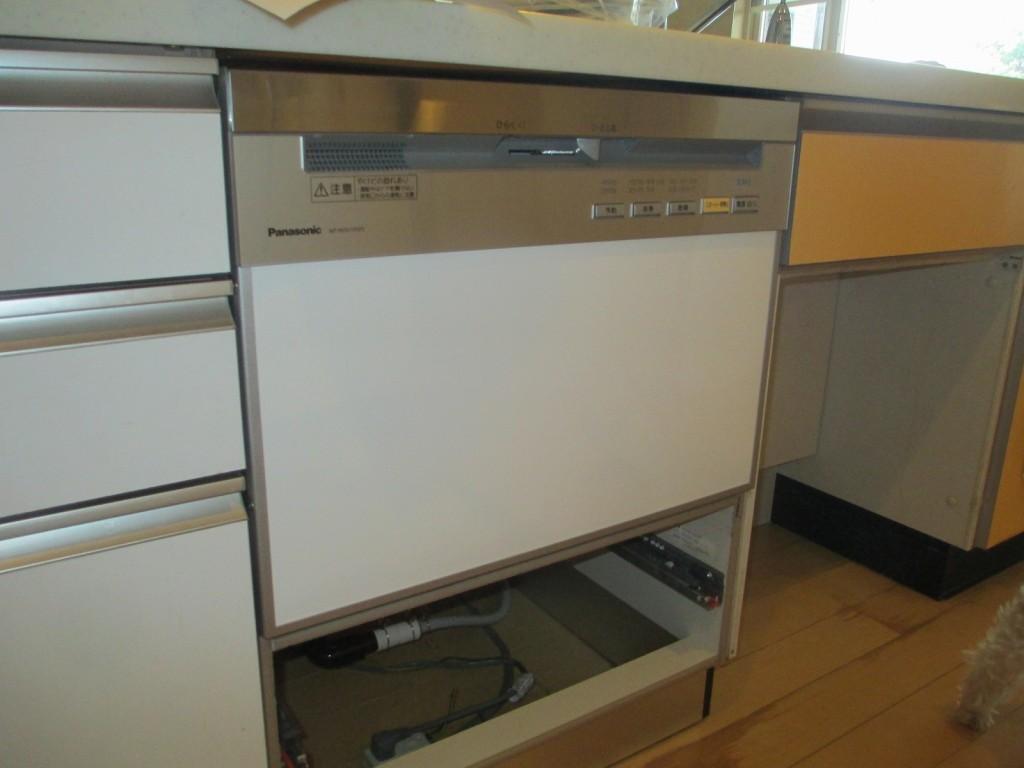 Panasonic製食器洗い乾燥機 NP-P60V1PSPS