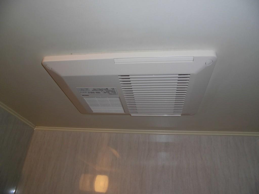東芝製浴室換気乾燥機 DVB-18ST3