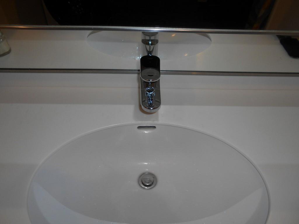 グローエ製洗面水栓 23418002