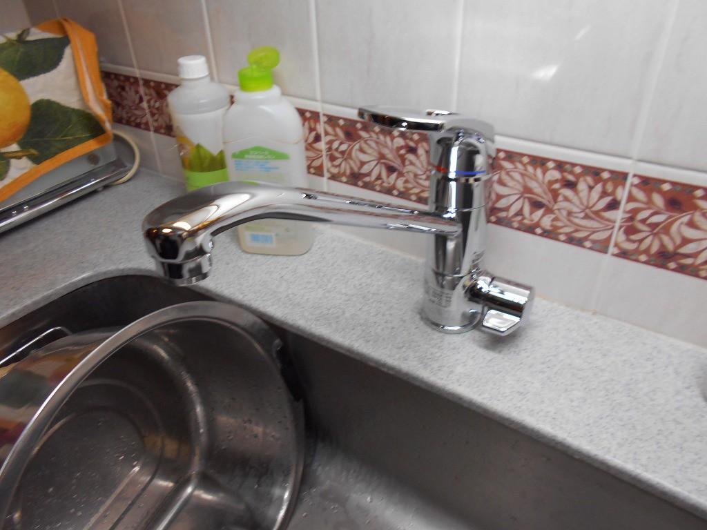 TTOTO製 KG38BS (シャワー無し浄水機能付)