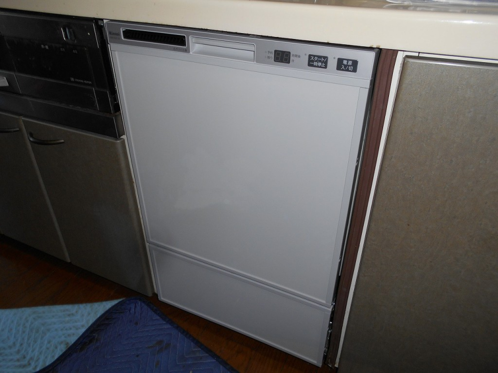 リンナイ製食器洗い乾燥機 RSW-F402C-SV