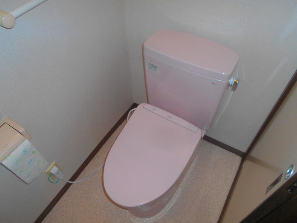 TOTO製トイレ ピュアレストQR CS230BM+SH232BA