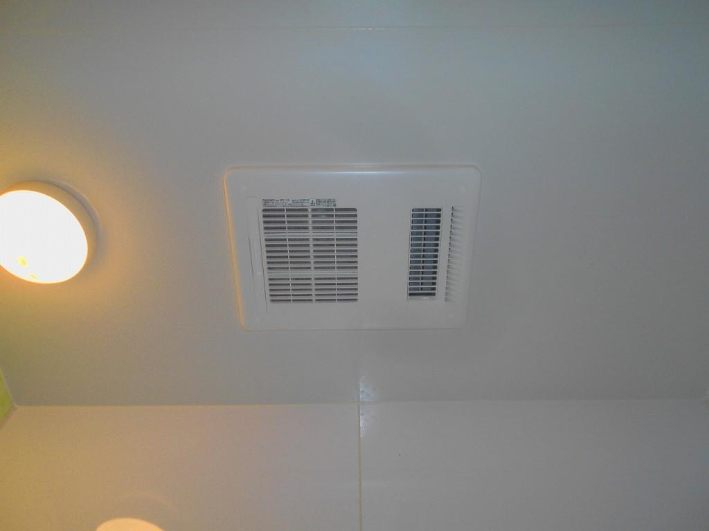 LIXIL製浴室換気乾燥機 UFD-111A