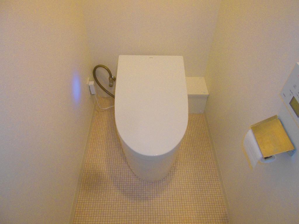 TOTO製トイレ ネオレストAH 壁排水リモデル CES9898PXR