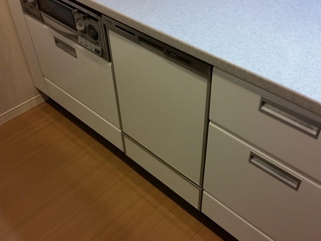 Panasonic製食器洗い乾燥機 NP-45MD8S